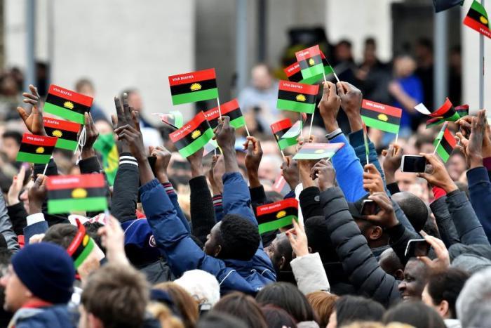IPOB nigeria rising sun Nzuko Umunna Nigeria IPOB Pro Biafra, Nnamdi Kanu, Biafra, Intersociety, Muhammadu Buhari, Nigeria
