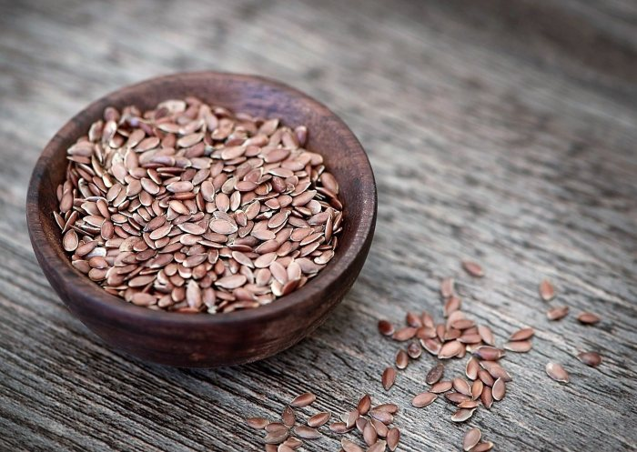 flax seeds flaxseeds