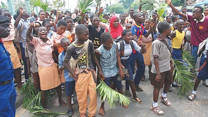 "Pupils in Oyo State protest against Governor Abiola Ajimobi's policies that ""sell off"" their schools 