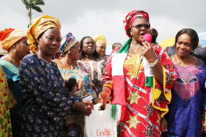 Ondo First Lady, Oluwakemi Mimiko speaks at the flag off of the 2nd phase of the Ondo Food Palliative Programme on Nov 11, 2016 | OndoTv