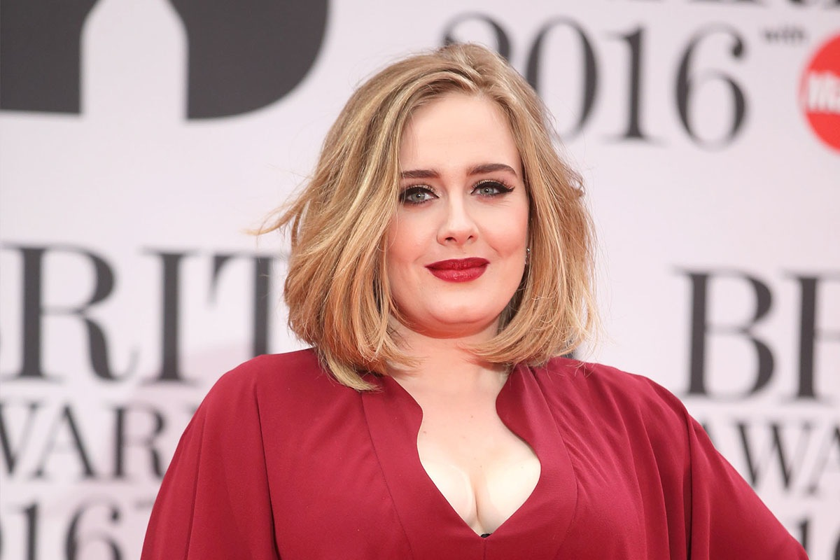 Adele Announces She's Having Baby #2 During Concert