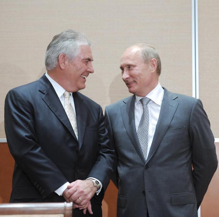 Vladimir Putin gave exxon boss Rex Tillerson