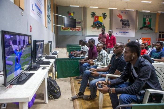 online gaming online Nintendo Switch, online gaming video games