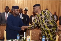 Governor Olusegun Mimiko of Ondo State greets Acting President Yemi Osinbajo at a dinner held in honour of Mimiko at the Presidential Villa