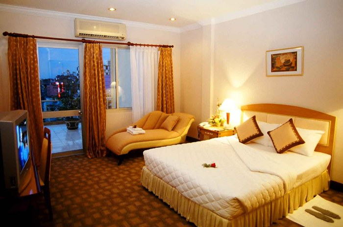 heat air conditioned hotel room