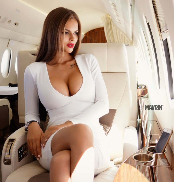 wear airport airplane travel woman
