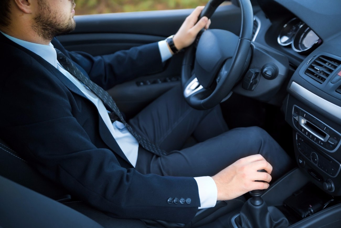 Corporate Car Online: 5 Things To Consider When Choosing A Vehicle For Your