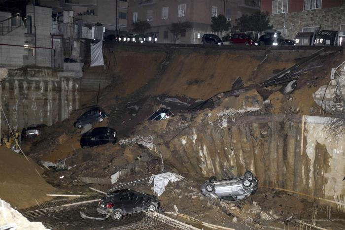 Families Flee As Massive Sinkhole Appears In Rome