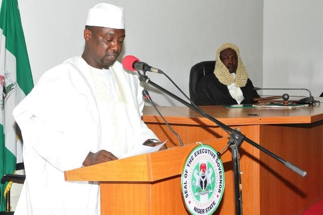 Abubakar Sani Bello, Niger, Teachers