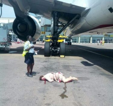 Emirates Airline Crew Member Makes Suicidal Jump From Plane [GRAPHIC PHOTO]