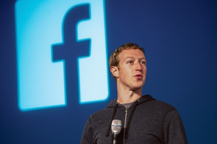 Mark Zuckerberg, Facebook, Apps