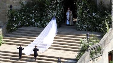 Meghan Markle arrives at St George's Chapel at Windsor Castle for her wedding to Prince Harry. PRESS ASSOCIATION Photo. Picture date: Saturday May 19, 2018. See PA story ROYAL Wedding. Photo credit should read: Andrew Matthews/PA Wire