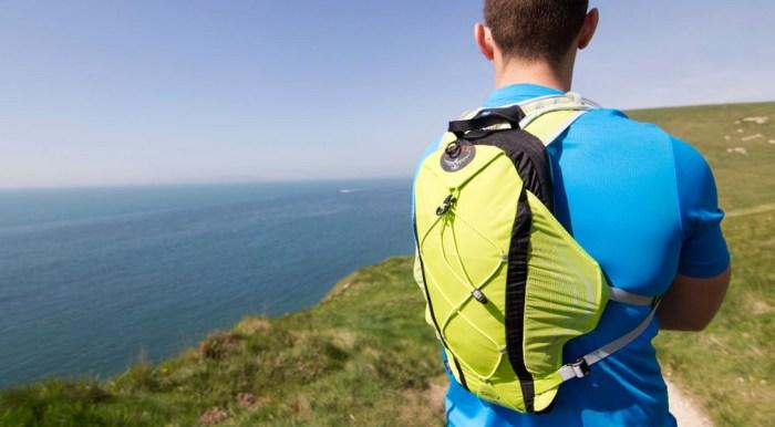 choosing hydration pack hiking running training