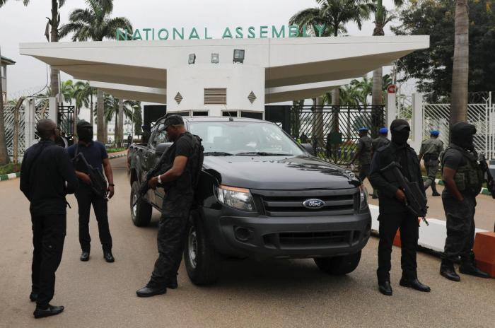 EXPOSED: Buhari Aso Rock Cabal, APC Chieftains Behind DSS Blockade Of National Assembly [DOCUMENT]