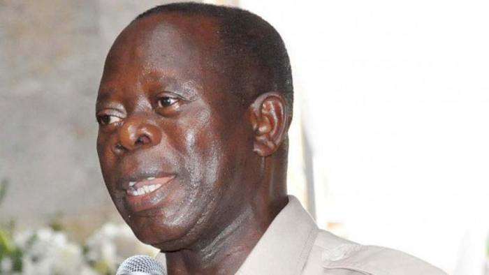 Adams Oshiomhole, Former Governor of Edo State, speaking to State House Correspondents