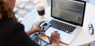remote learning women woman laptop office tech