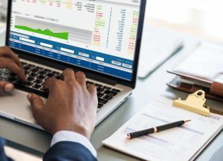 credit bureaus, credit score credit scores analysis laptop office