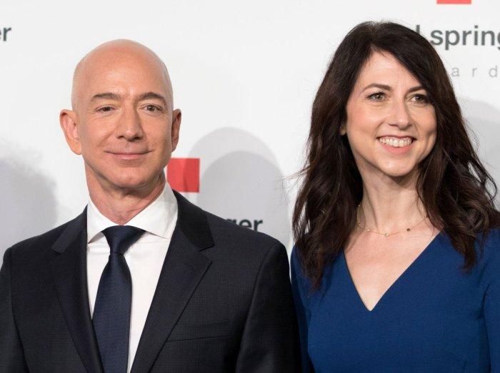 Jeff and MacKenize Bezos