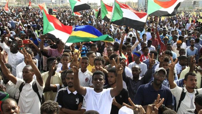 Omar al-Bashir, Rosalind Marsden, Mohamed Hamdan Daglo