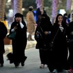 Saudi women in robes