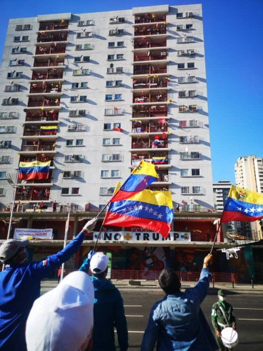 Protest in Caracas, Venezuela after US President Donald Trump called for the imprisonment of President Nicolás Maduro, 28 March 2020 United Socialist Party of Venezuela / Fotos Públicas