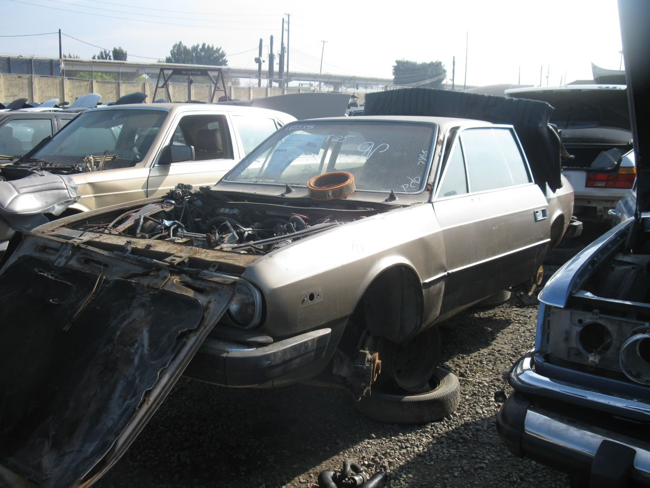 Junkyard find 1978 lancia beta the truth about cars dotj oaklandlanciabeta 03 vanachro Gallery