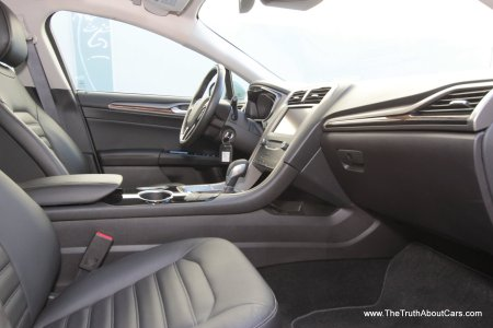 2013 Ford Fusion Hybrid, Interior, Dashboard and Seats, Picture Courtesy of Alex L. Dykes
