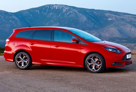 Ford-Focus-ST-Wagon-41