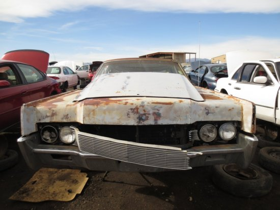 44 - 1967 Lincoln Continental Down On the Junkyard - Picture courtesy of Murilee Martin