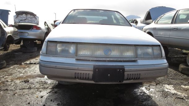 1989 Mercury Sable in Colorado junkyard, front view - © 2016 Murilee Martin / The Truth About Cars
