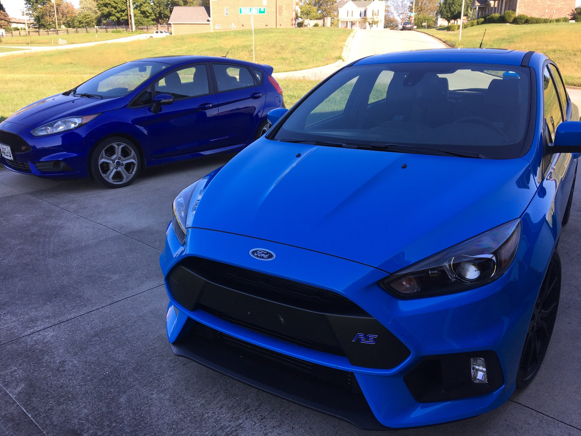 hight resolution of bark s bites ford fiesta st vs ford focus rs in the world series of love