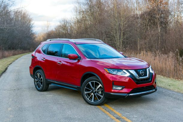 2017 Nissan Rogue SL AWD Palatial Ruby Front Quarter, Image: © 2017 Chris Tonn