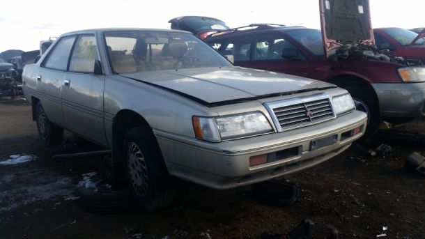 1990 Mitsubishi Sigma in Colorado junkyard, RH front view- ©2017 Murilee Martin - The Truth About Cars