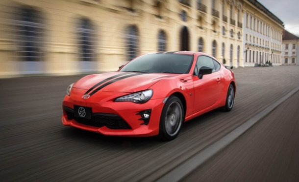 2017-toyota-860-special-edition-101-876x535