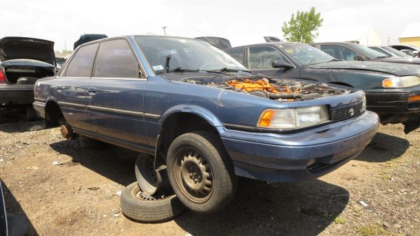 junkyard find 1991 toyota camry dx with v6 engine and five-speed - 1993  toyota