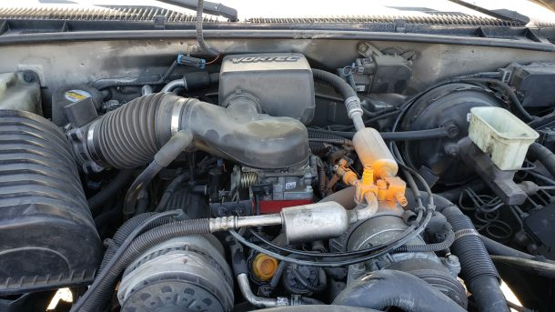 1999 Cadillac Escalade in California junkyard, Vortec 5.7 engine - ©2021 Murilee Martin - The Truth About Cars