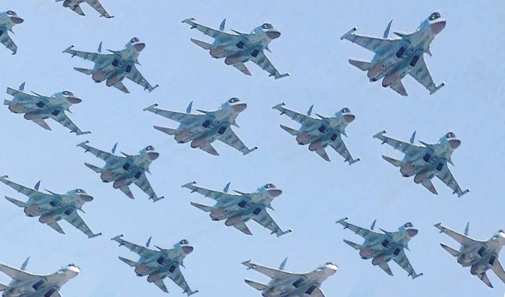 Russian Victory Day Parade 2016 flypast. Click to enlarge