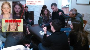 podesta-large-pick-with-girls-playing-cards-m