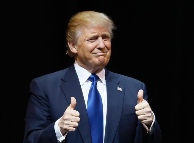 trump-thumbs-up