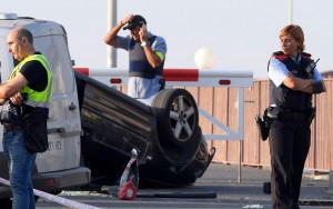 Barcelona and Cambrils attacks: Five terrorists shot dead in Spanish resort - latest news
