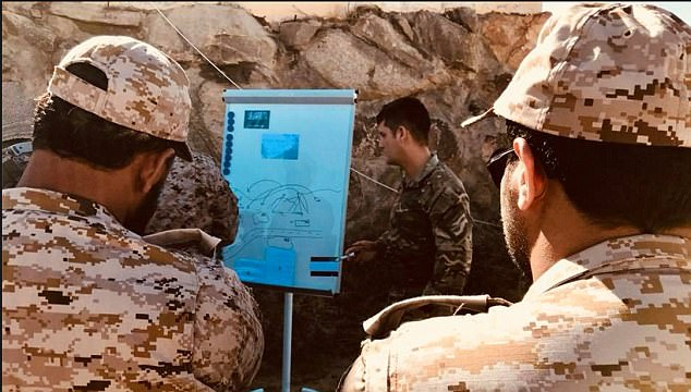 British military personnel instruct Saudi troops on 'irregular warfare' techniques. Click to enlarge