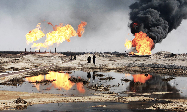 Iraq burning oil fields