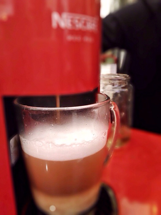 Nescafe Red Mug Machine