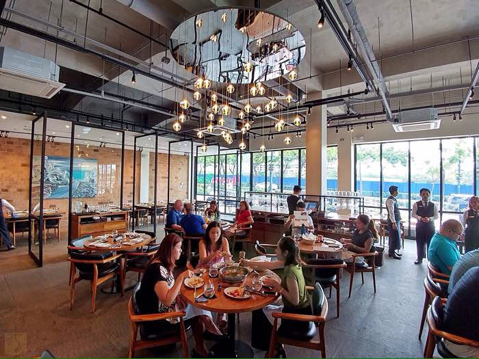 Salvatore Cuomo Restaurant and Bar at Uptown Parade - BGC