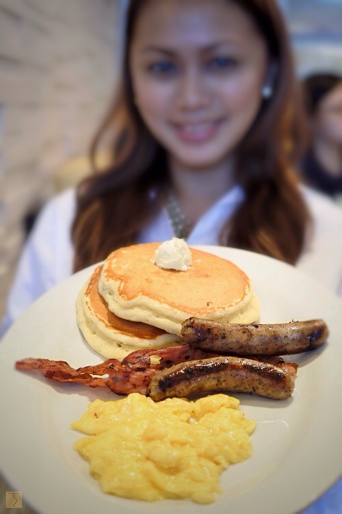 Denny's - Philippines - Uptown Parade - BGC - The Bistro Group