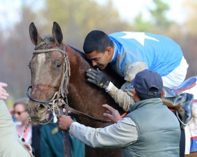 Brody's Cause winning the Blue Grass Stakes (gr. I) - Keeneland Photo