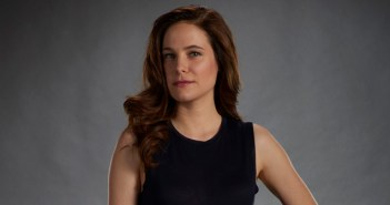 mary kills people caroline dhavernas interview