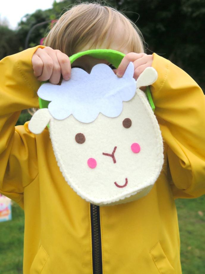 Fluffy lamp easter bags for the perfect Easter egg hunt