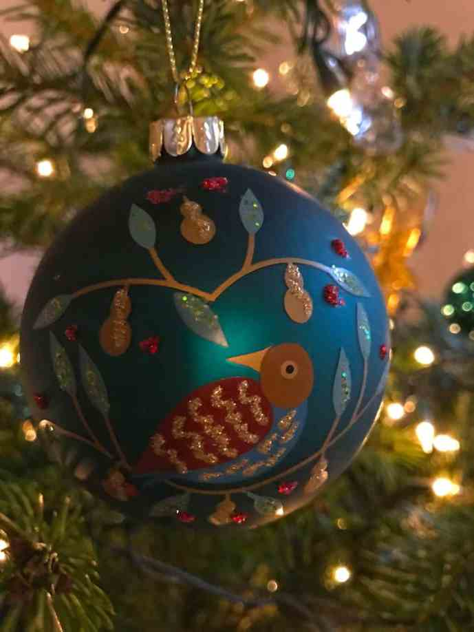 Decorating the Christmas Tree with the VQ Christie Radio