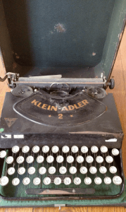 Type Bar Klein Adler 2